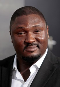 145980-cast-member-nonso-anozie-arrives-at-the-film-premiere-of-conan-the-bar