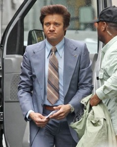 Jeremy+Renner+Set+American+Hustle+l1iBiz9WheTl