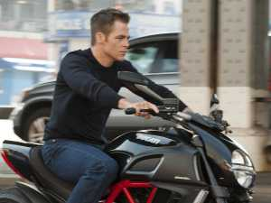 the-first-trailer-for-tom-clancys-next-thriller-movie-jack-ryan-shadow-recruit