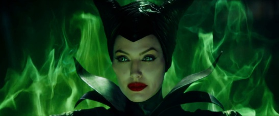 captivating-trailer-for-disneys-maleficent-dream-03
