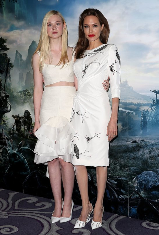 Gorgeous-Angelina-Jolie-Elle-Fanning-Wear-Lovely-White-Dress-at-Maleficent-London-Photocall-Event