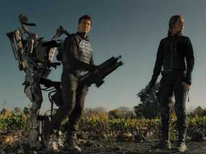 tom-cruise-fights-for-eternity-in-the-new-edge-of-tomorrow-trailer