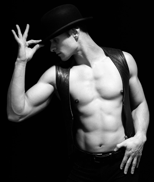CHICAGO-Male-Dancer-1