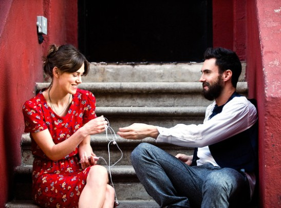 rs_560x415-140328181340-1024.Begin-Again-Adam-Levine-Keira-Knightley.ms.032814_copy