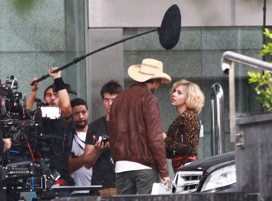 Scarlett Johansson Filming In Taipei 136898