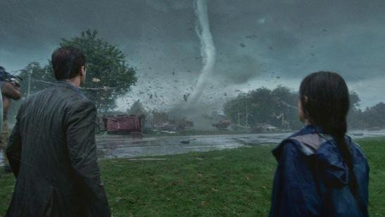 Tornado Twister Into the Storm movie still 1