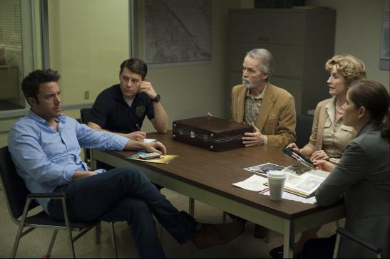 still-of-ben-affleck,-lisa-banes,-david-clennon,-kim-dickens-and-patrick-fugit-in-gone-girl-(2014)-large-picture