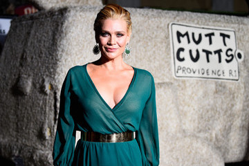 Laurie+Holden+fnw3kyIDNoNm