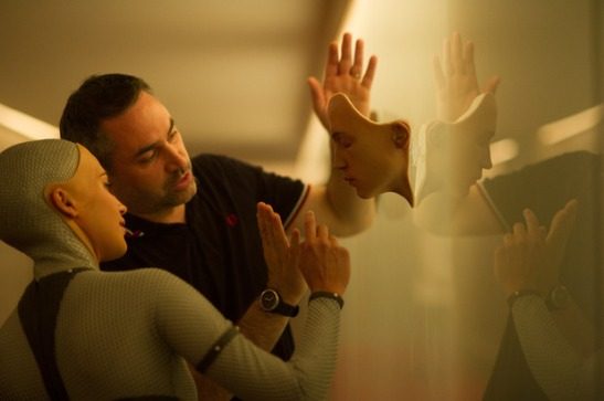 movies-ex-machina-alicia-vikander-alex-garland