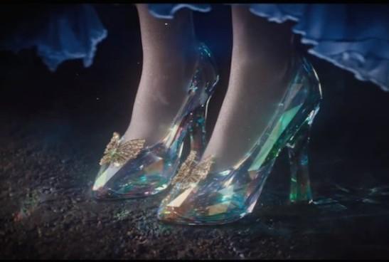 Cinderella-glas-slippers_zimbio.com_