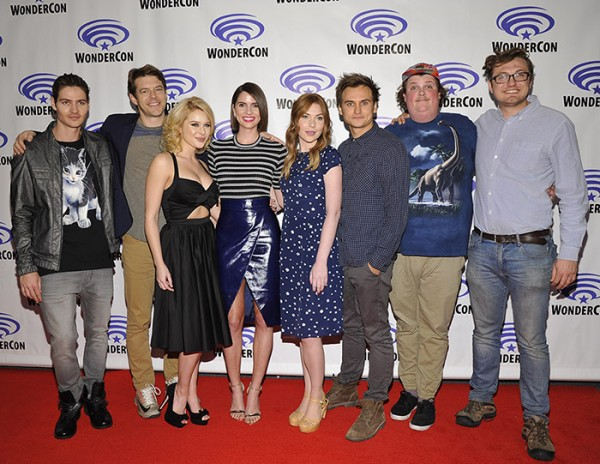 unfriended-movie-cast-wondercon-2015-600x464