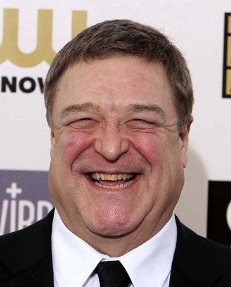 john-goodman-18th-annual-critics-choice-movie-awards-03