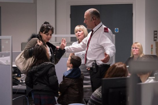 i-daniel-blake-2016-004-hayley-squires-tussling-with-employment-officer
