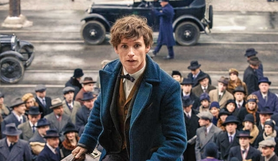 eddie-redmayne-as-newt-scamander-164130
