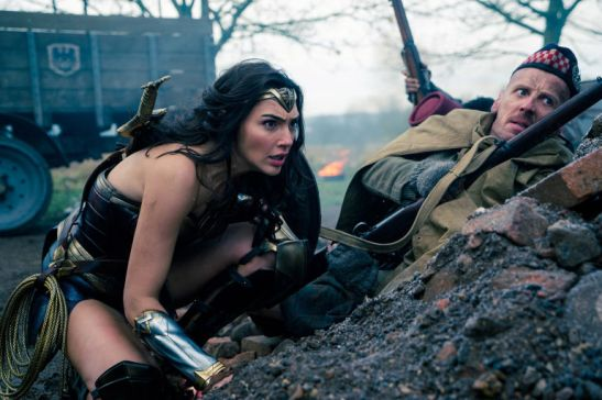 gallery-1496333207-wonder-woman-trench-gal-gadot