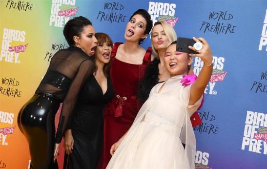 Birds-of-Prey-London-Movie-Premiere-Red-Carpet-Fashion-Tom-Lorenzo-Site-2
